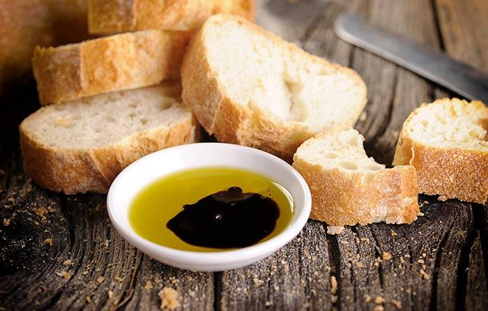 dip met knoflook olijfolie
