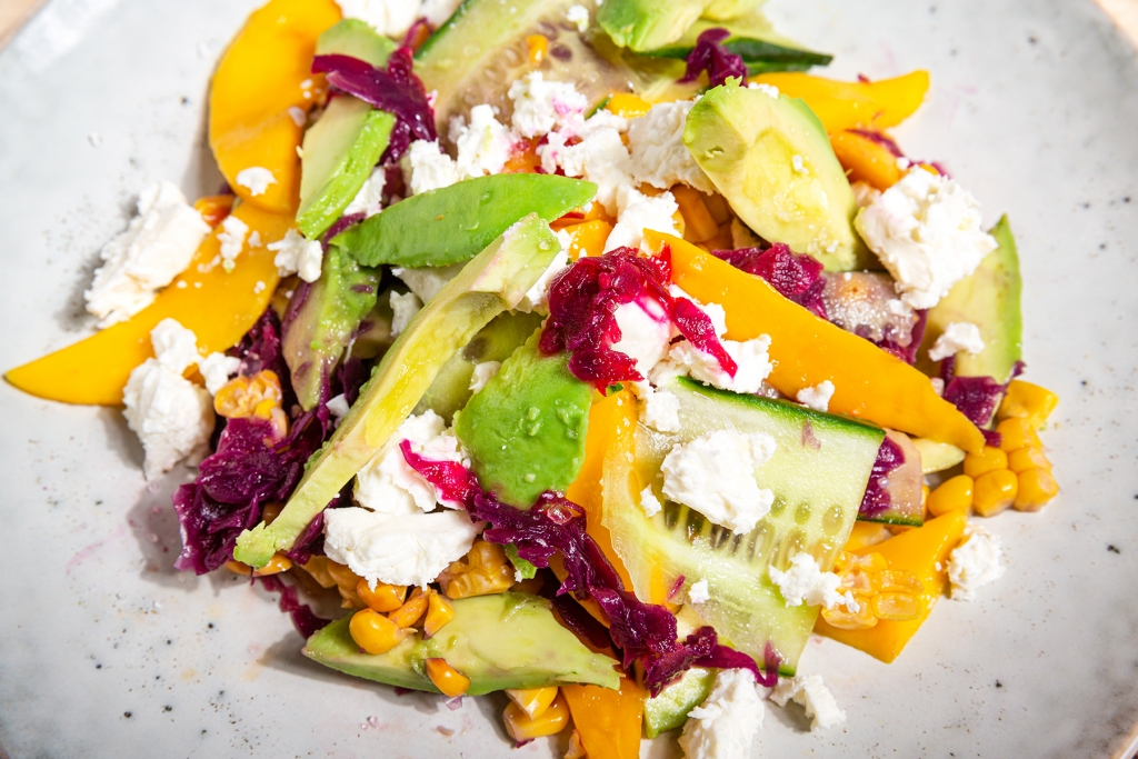 Gezond recept: Mexicaanse maissalade met avocado & mango 1